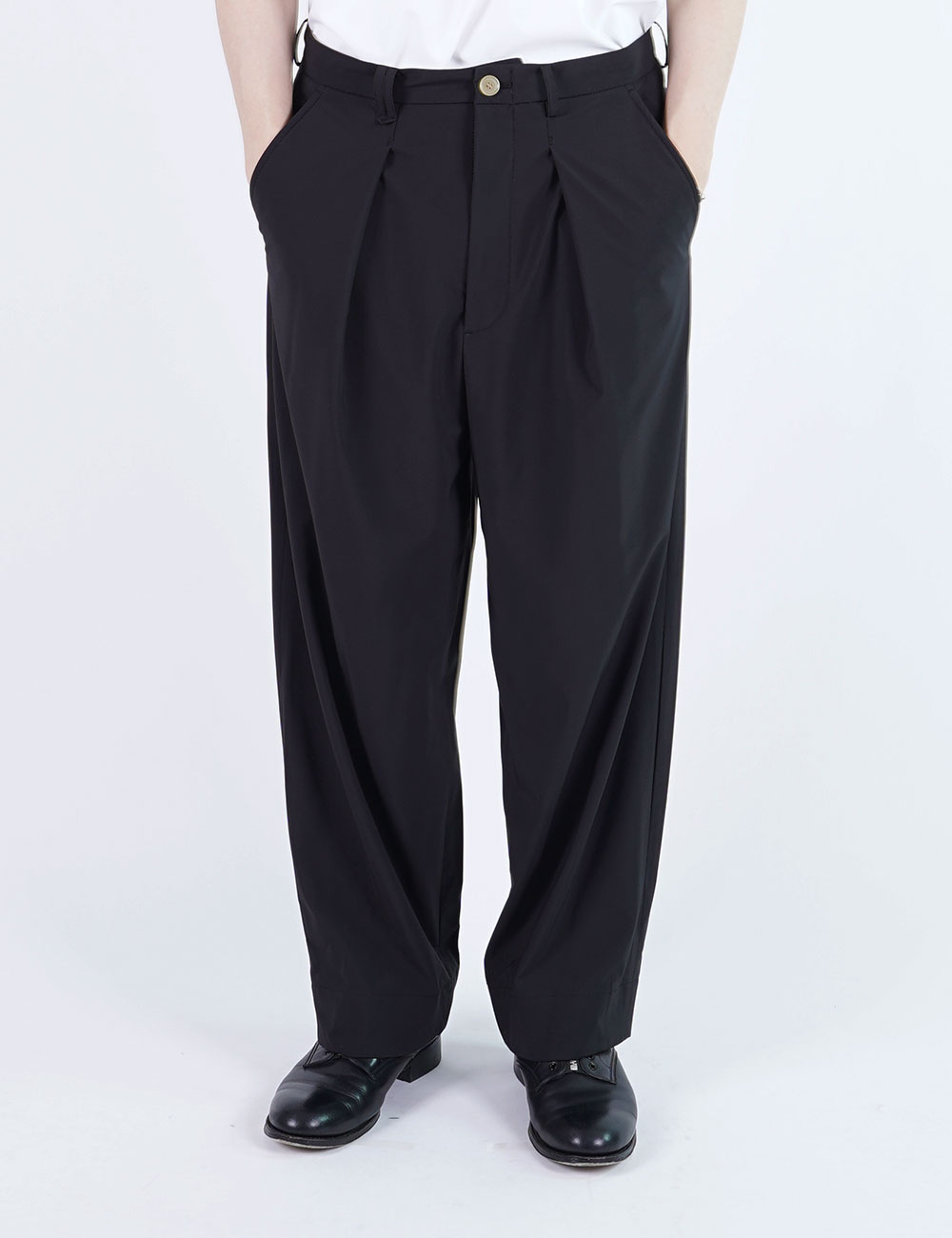 momPROUDyou : WIDE PANTS (BLACK)