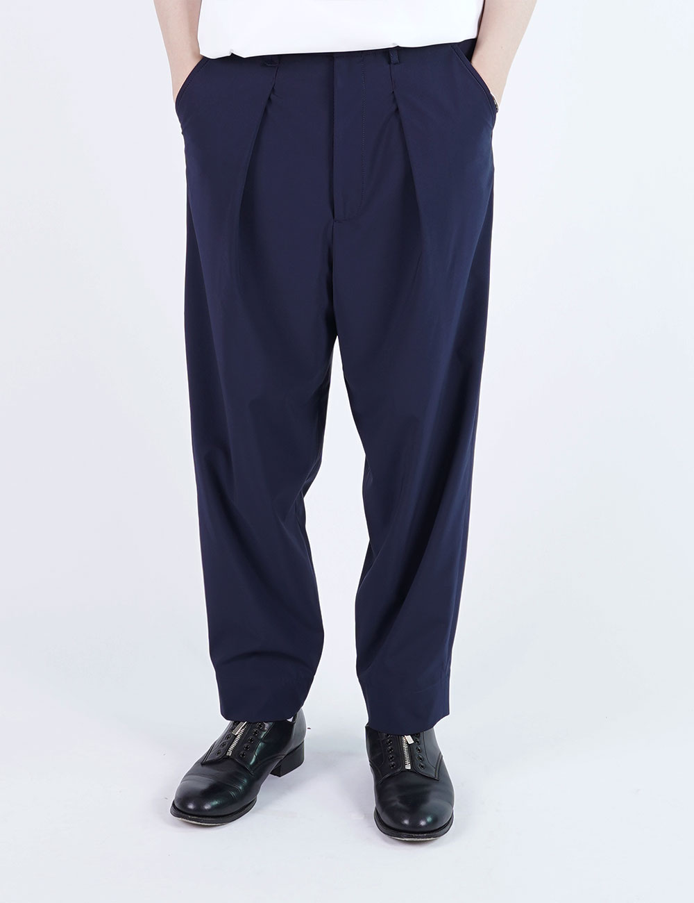 momPROUDyou : NARROW PANTS (NAVY)