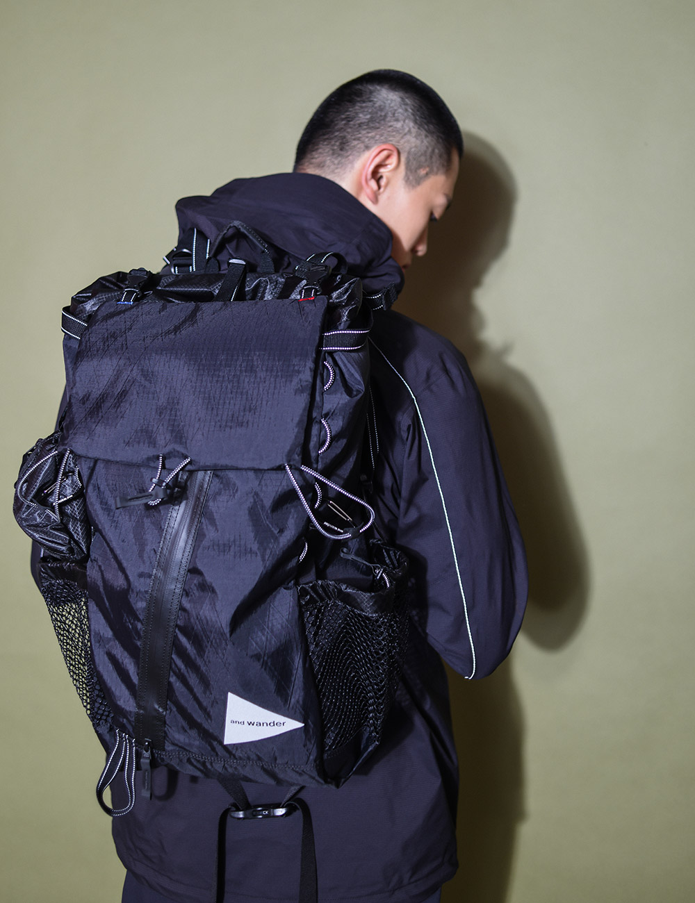 and wander : X-PAC 30L BACKPACK (BLACK)