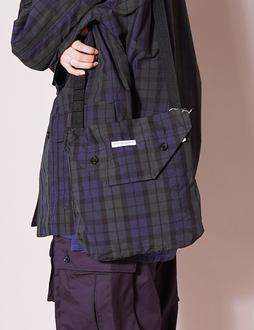 Engineered Garments : Shoulder Pouch (Blackwatch)
