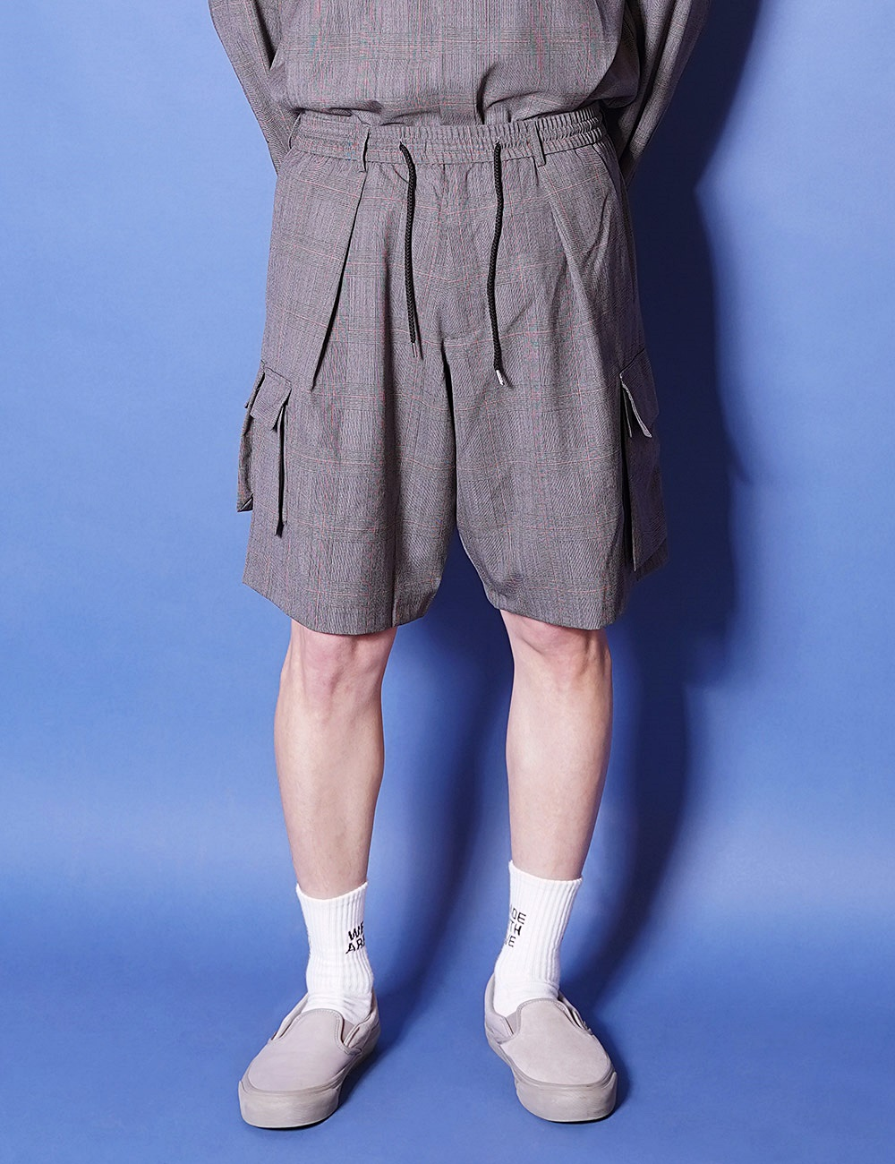 lownn : CARGO SHORT (GREY CHECK)