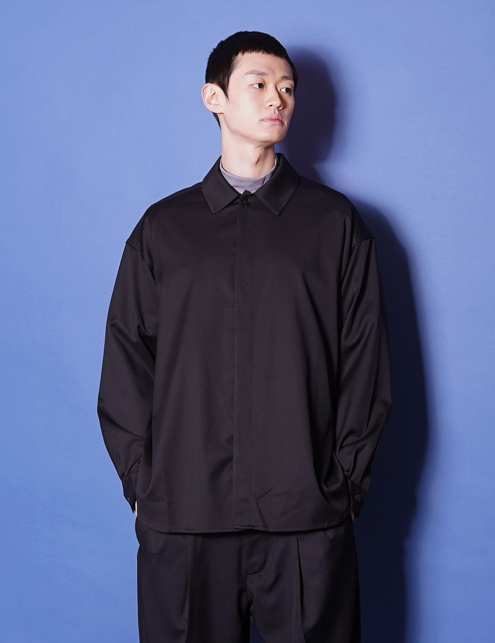 lownn : MINIMAL SHIRT LONG SLEEVES (BLACK)