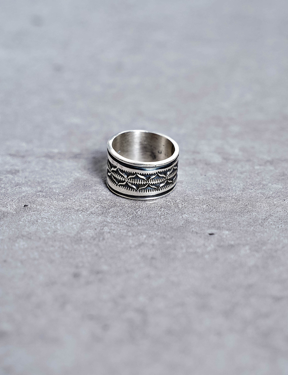NATIVE AMERICAN JEWELRY : BO REEVES - STAMPED STERLING SILVER RING