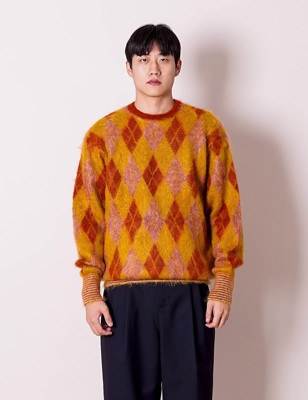 DIGAWEL : ARGYLE MOHAIR SWEATER (BROWN)
