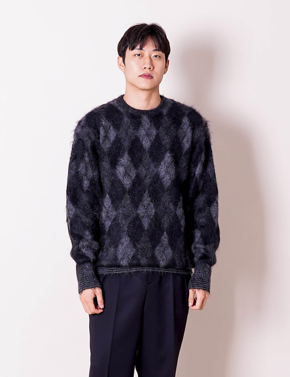 DIGAWEL : ARGYLE MOHAIR SWEATER (BLACK)