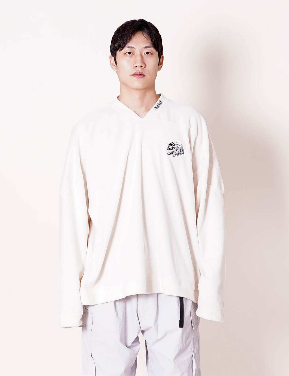 ESSAY : TS-02 SKULL FLEECE (WHITE)