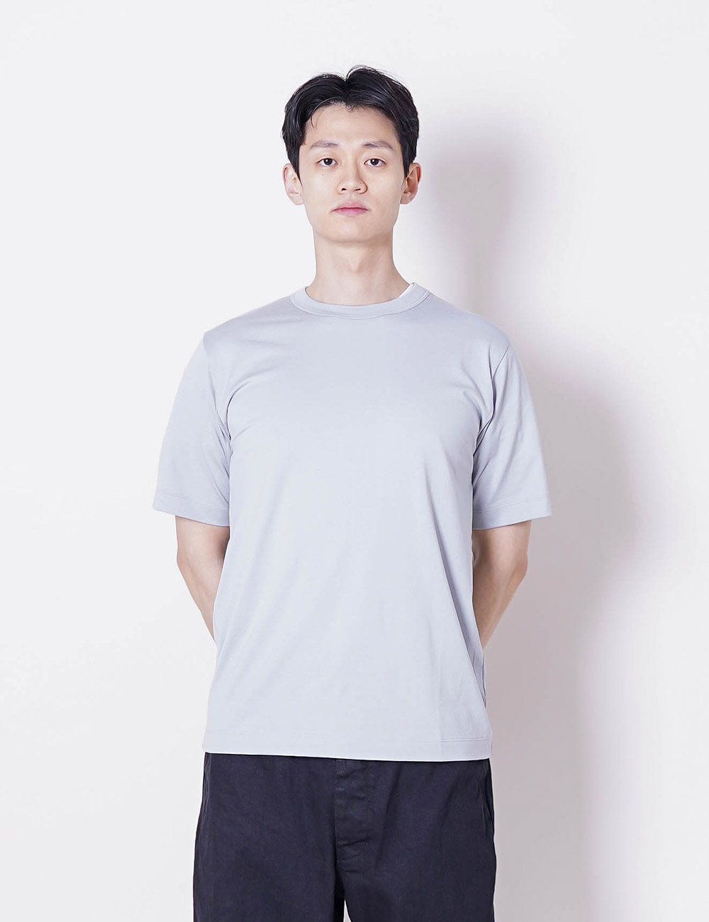 MARKAWARE : ORGANIC PIMA COMPACT YARN 60/2 32G KNIT REGULAR FIT TEE (SUMMER BLUE)