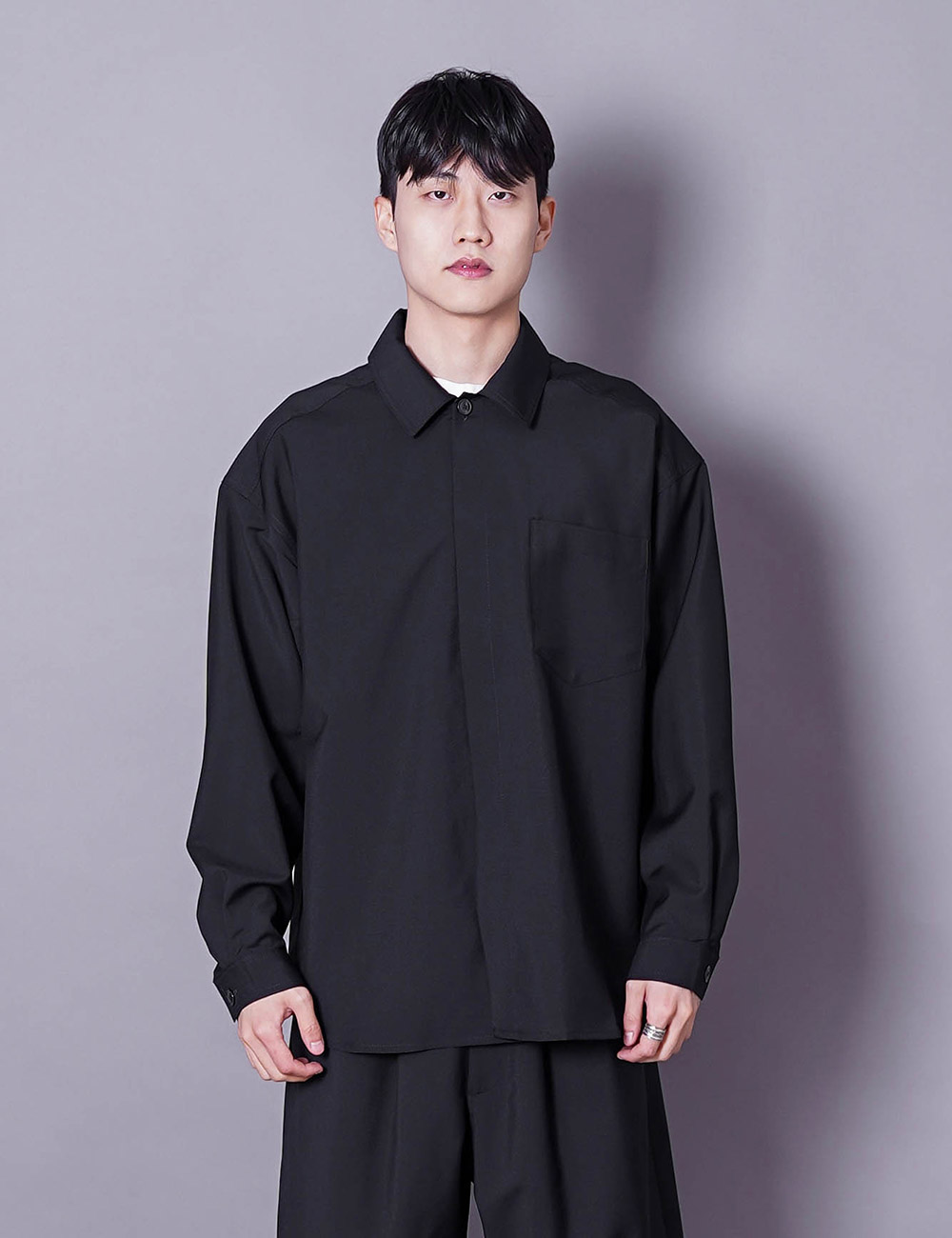 lownn : MINIMAL SHIRT ML (BLACK)