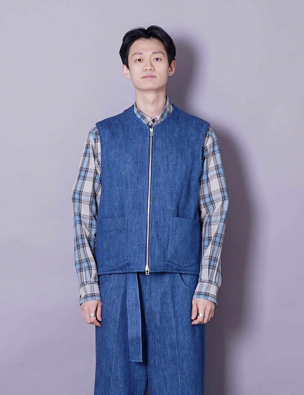 URU : ZIP UP VEST (INDIGO)