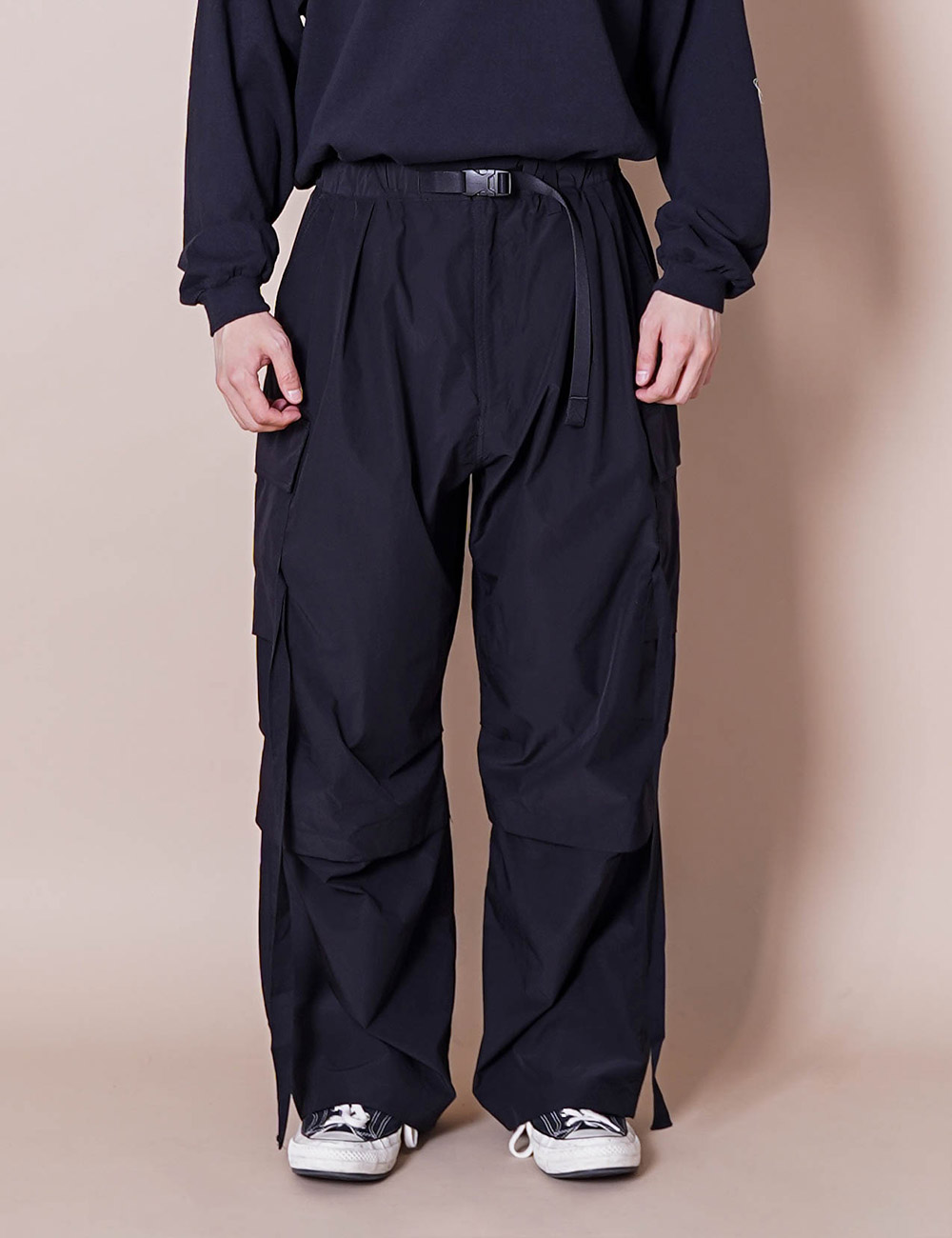 ESSAY : MILITARY TECH PANTS (BLACK)