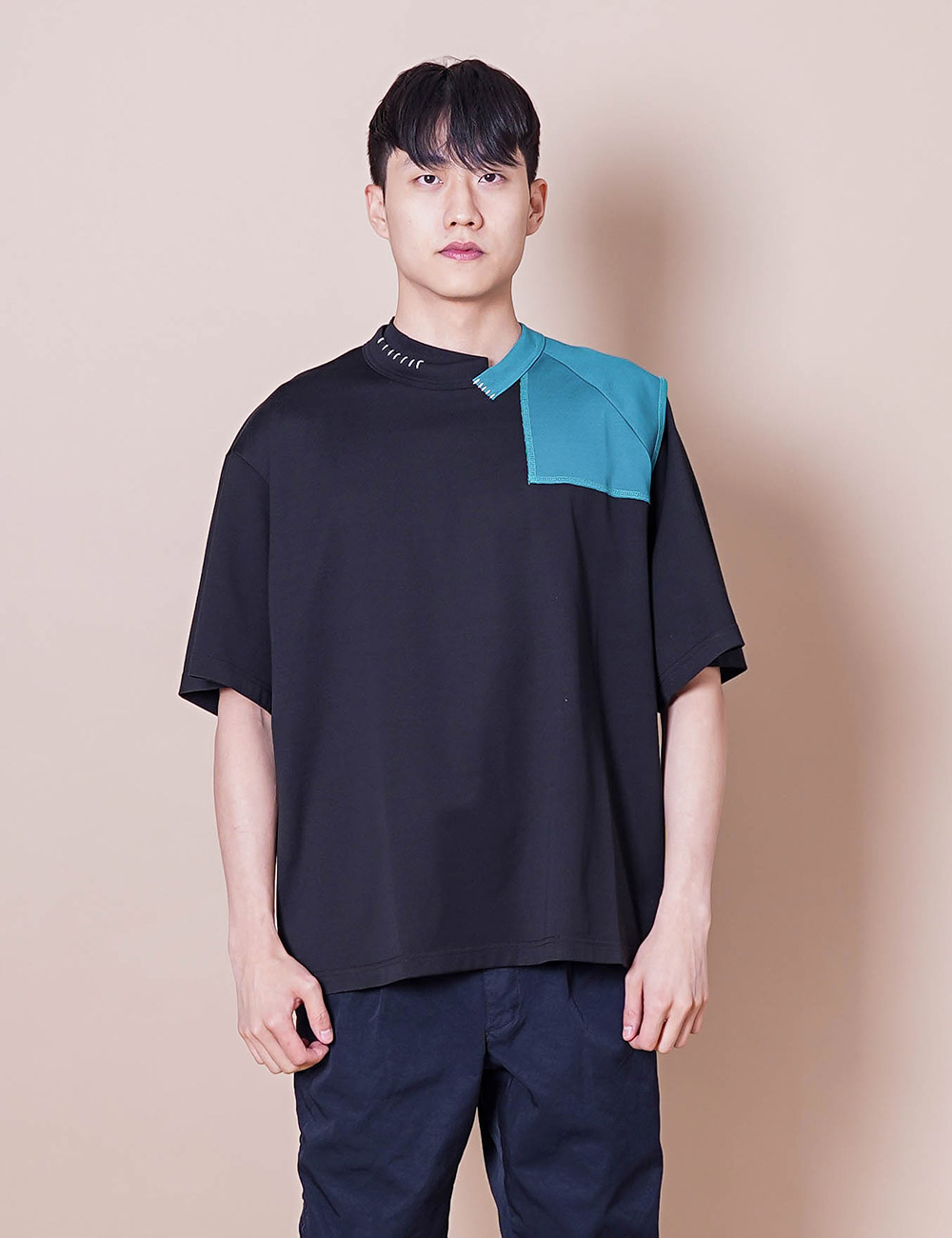 kolor : 21SCM-T04205 DOCKING S/S T-SHIRT (BLACK)